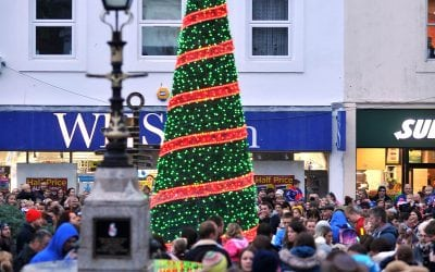 CAMBORNE CHRISTMAS TREE TO BE TAKEN DOWN